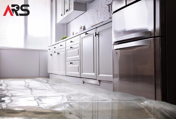 leaking-fridge-repair