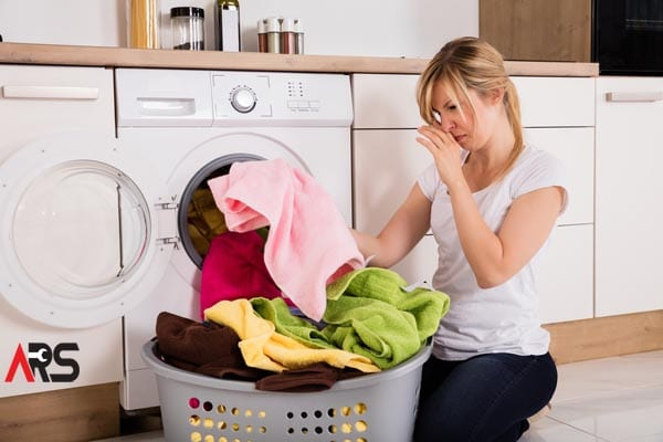 Why Does a Washing Machine Produce a Bad Smell? And How to Clean it